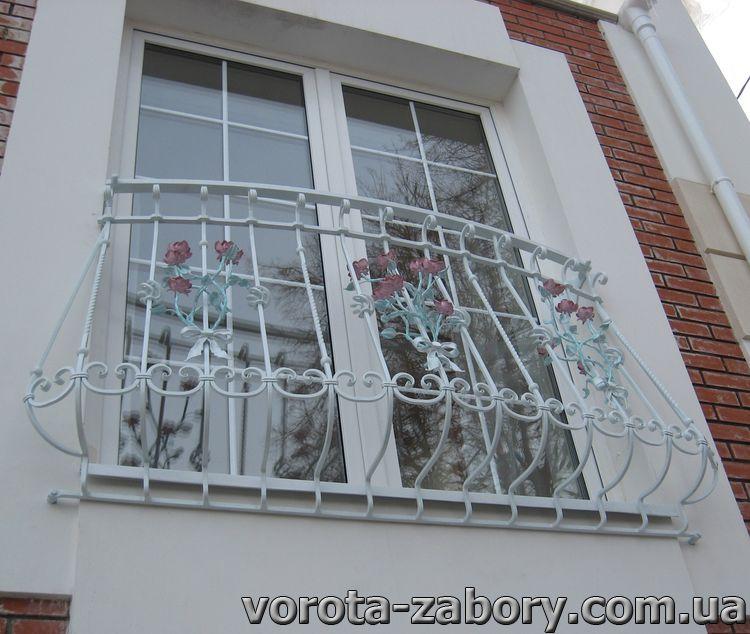 Решетки на пол окна